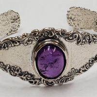 fine-estate-jewelry-simsbury-windsor-bill-selig-jewelers-Silver-Amethyst-Bracelet